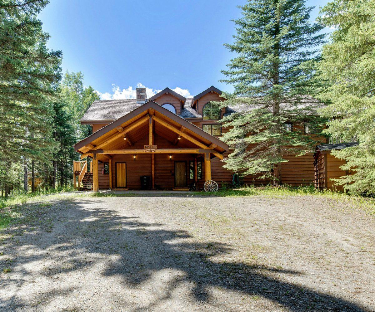 Hansen Land Brokers - Land Auction