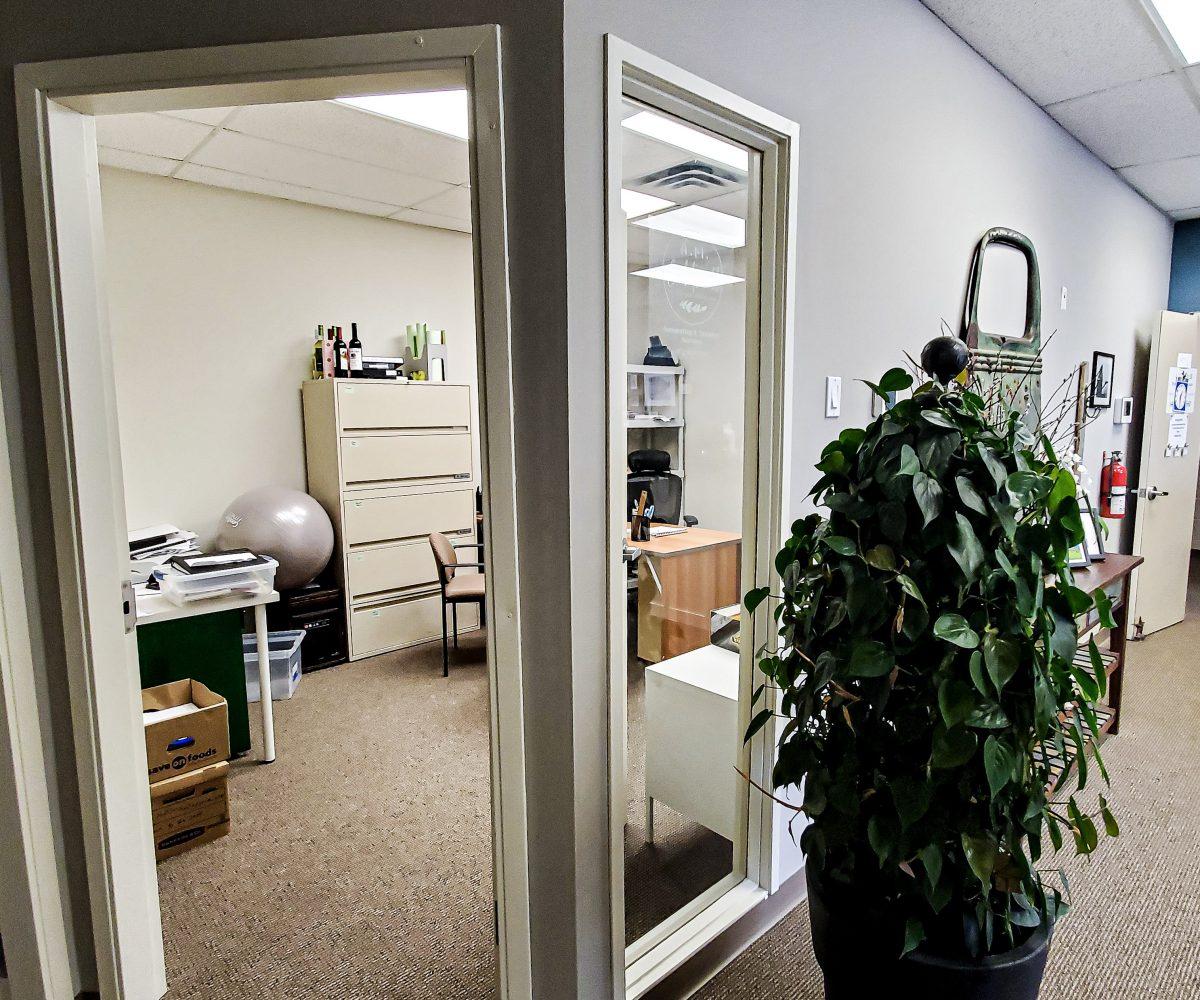 Hansen Land Brokers - Stunning Office For Rent - High River